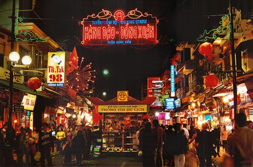 Pedestrian streets & Night market in Hanoi