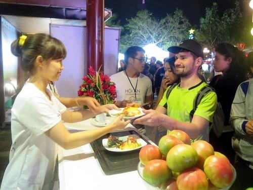 Hoi An food festival opens