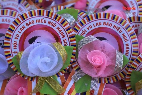 All Souls' Day festival  in Danang's Marble Mountain relic site - ảnh 12
