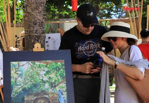All Souls' Day festival  in Danang's Marble Mountain relic site - ảnh 14