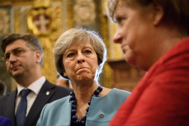 ບັນຫາ Brexit: ອັງກິດ ຢືນຢັນເຈລະຈາຕາມແຜນການ - ảnh 1