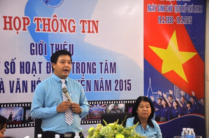 Youth cycle to commemorate 40th anniversary of southern liberation  - ảnh 1