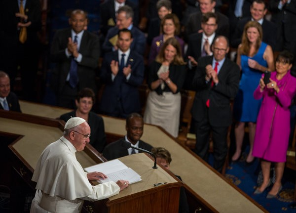 Pope Francis delivers speech to US Congress - ảnh 1