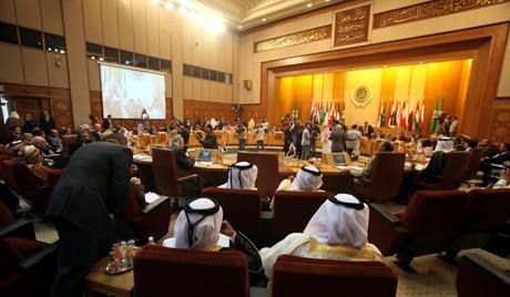 Semua negara  Arab menolak  intervensi  militer dari luar di Suriah. - ảnh 1
