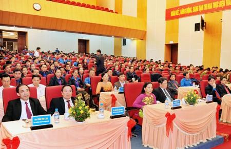 Pembukaan pertemuan persahabatan pemuda Vietnam-Laos tahun 2013 - ảnh 1