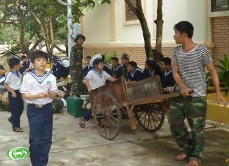 Tonggak-tonggak kedaulatan dan  perasaan rakyat terhadap kepulauan Truong Sa - ảnh 4