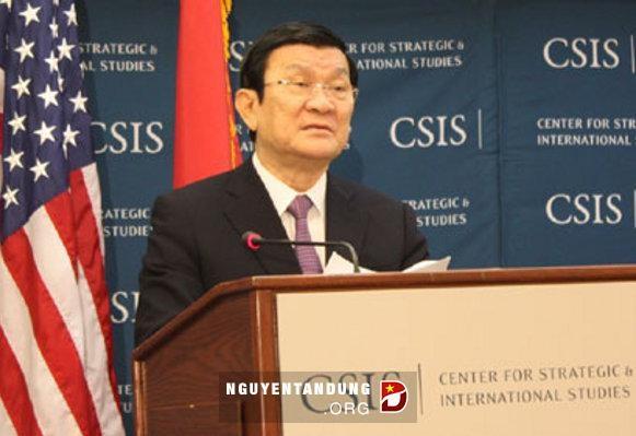 Presiden Vietnam Truong Tan Sang membacakan pidato di Pusat Pengkajian Strategi dan Internasional  (CSIS). - ảnh 1