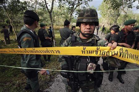 Pemerintah  Thailand meneruskan dialog  untuk menangani  kekerasan di  daerah ujung paling Selatan  - ảnh 1