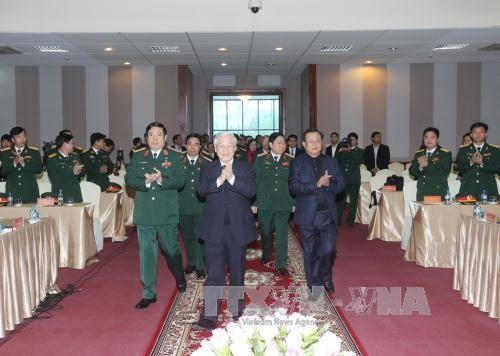 Sekjen KS PKV, Nguyen Phu Trong mengadakan temu kerja dengan Markas KODAM Ibukota Hanoi - ảnh 1