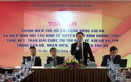 Pembukaan simposium: Kaum pemuda Ibukota Hanoi dengan Komunitas ASEAN dan TPP. - ảnh 1