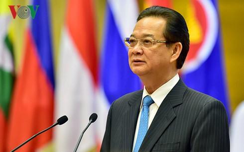 Vietnam dengan gigih membeli kedaulatan dan kepentingan adil di Laut Timur - ảnh 1
