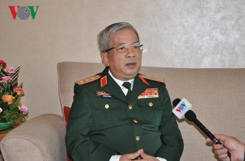Memperkuat kerjasama pertahanan Vietnam-Tiongkok, memberikan perdamaian  dan stabilitas kepada kedua negara dan kawasan - ảnh 1