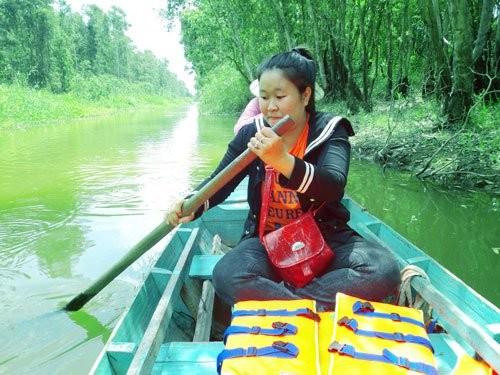 Gao Giong- zona ekowisata  yang menarik di kawasan Dong Thap Muoi - ảnh 3