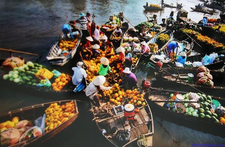 Warna-warni dari pasar-pasar Vietnam - ảnh 3