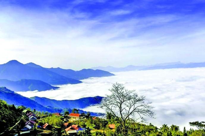 Daerah dataran tinggi Sin Ho: Keindahan yang masih liar di daerah pegunungan dan hutan Tay Bac - ảnh 1