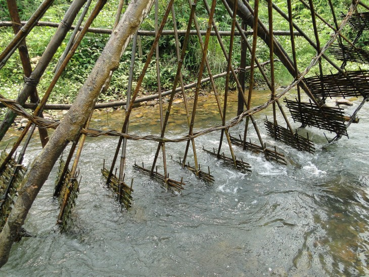 Jentera air di kecamatan Ban Bo-Bangunan yang kreatif dan  unik dari warga etnis-etnis provinsi Lai Chau - ảnh 4