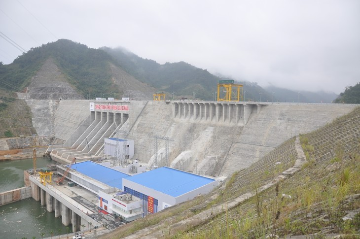 Pabrik hidrolistrik Lai Chau-Destinasi wisata yang atraktif di daerah Tay Bac - ảnh 1