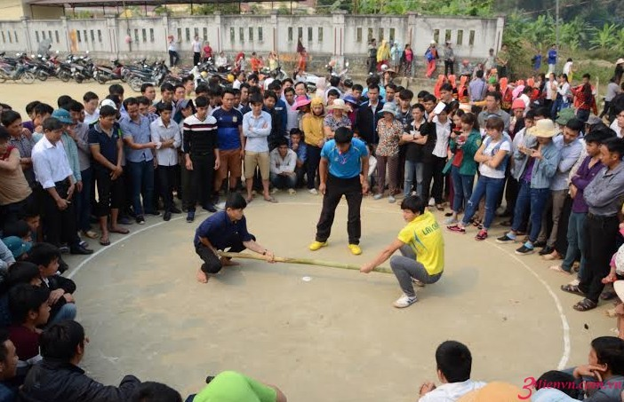 Pesta-pesta budaya yang khas di provinsi Lai Chau - ảnh 2