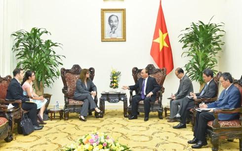 PM Vietnam, Nguyen Xuan Phuc  menerima Dubes Israel, Meirav Eilon Shahar - ảnh 1