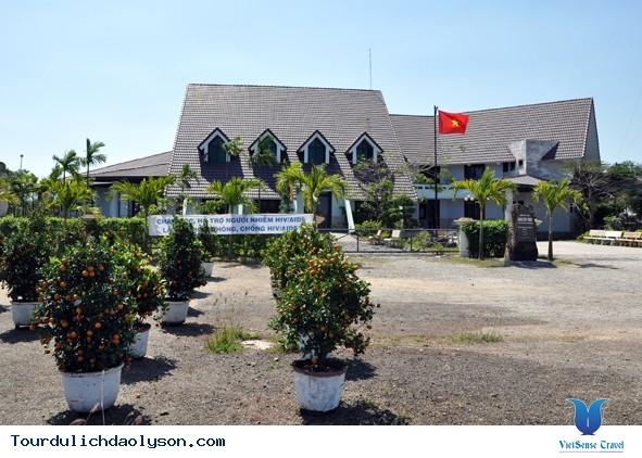 Situs-situs peninggalan sejarah yang tipikal di provinsi Quang Ngai - ảnh 2