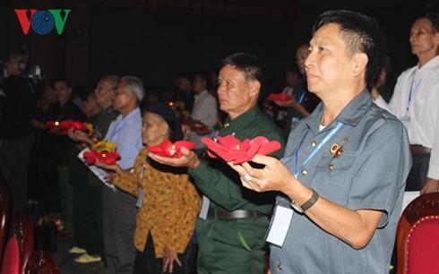Acara menyatakan terima kasih kepada orang-orang yang berjasa  terhadap revolusi daerah Tay Bac - ảnh 1