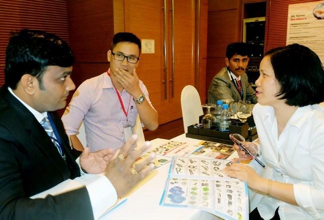 India mencari peluang memperhebat ekspor mesin dan peralatan tekstil ke Vietnam - ảnh 1