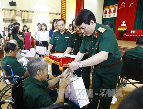 Aktivitas-aktivitas menyambut peringatan ultah ke-70 Hari Prajurit Disablitas dan Martir Vietnam (27 Juli) - ảnh 1