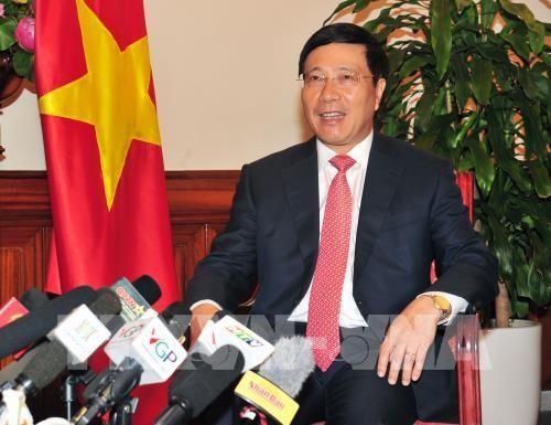 Vietnam terus memberikan sumbangan aktif dalam ASEAN - ảnh 1