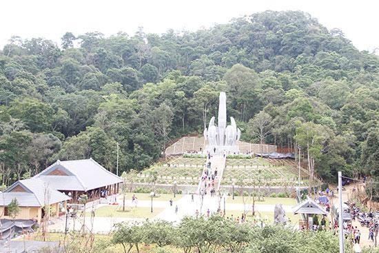 Daerah bersejarah yang mencatat persahabatan istimewa Vietnam dan Laos - ảnh 1