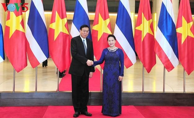 Ketua MN Vietnam melalukan pembicaraan dengan Ketua Dewan Legislatif Nasional Kerajaan Thailand - ảnh 1