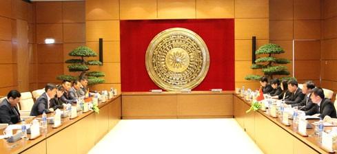 Sekjen MN Vietnam, Nguyen Hanh Phuc mengadakan pembicaraan dengan  Sekjen Parlemen Mongolia, Tsend Tsolmon - ảnh 1