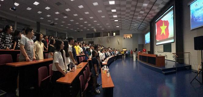 Perkemahan Musim Panas Pemuda dan Mahasiswa Vietnam seluruh Eropa kali ke-3 di Republik Czech - ảnh 1