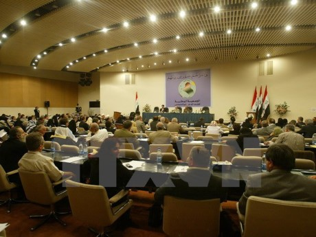 Parlemen Irak memberikan suara menentang referandum tentang kemerdekaan orang Kurdi - ảnh 1