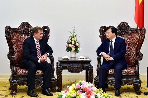 Deputi PM Vietnam, Trinh Dinh Dung : Cepat mengakhiri perundingan tentang eksploitasi tambang gas Ca Voi Xanh - ảnh 1