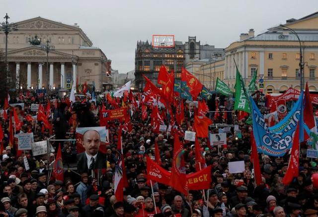 Aktivitas-aktivitas memperingati ultah ke-100 Revolusi Oktober Rusia - ảnh 1