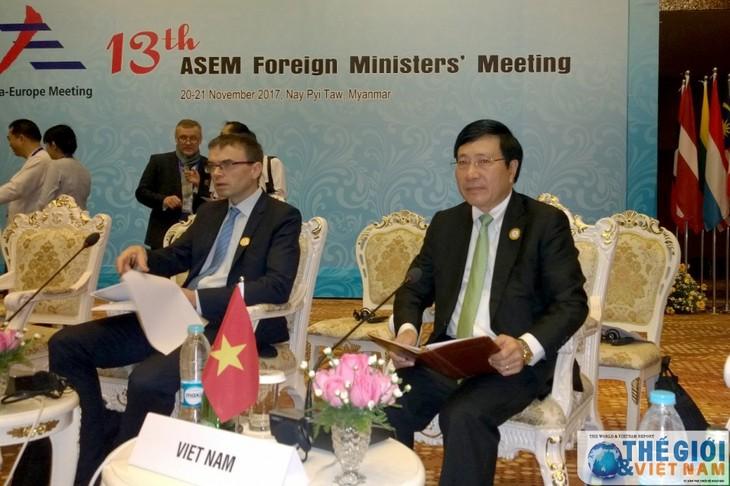 Para Menlu ASEM sepakat memperkuat hubungan kemitraan demi perdamaian dan perkembangan yang berkesinambungan - ảnh 1