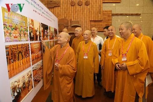 Agama Buddha Vietnam berjalan seiring dengan perkembangan Tanah Air - ảnh 1