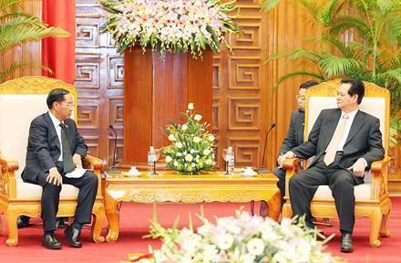 ズン首相、ミヤンマーのヤンゴン地域の首相と会見 - ảnh 1