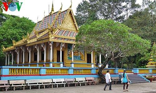 クメール族の寺院 - ảnh 3