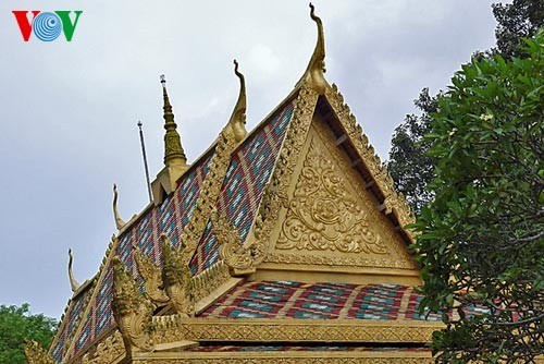 クメール族の寺院 - ảnh 4