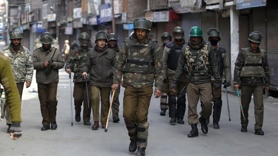 カシミールでインド兵5人死亡、パキスタンは関与否定 - ảnh 1