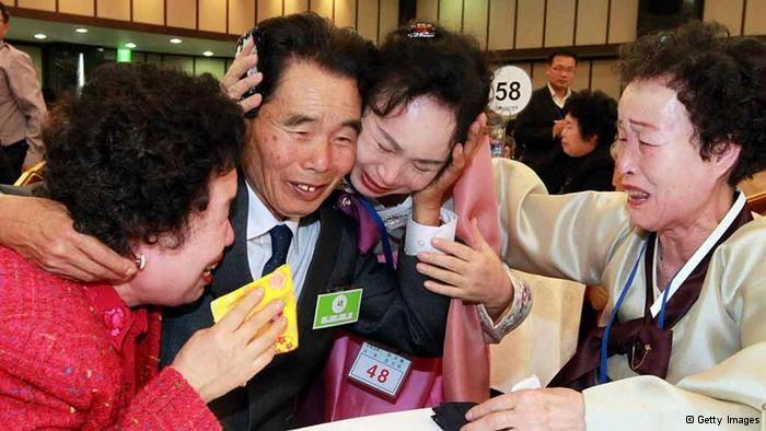 南北朝鮮、離散家族の再開で合意 - ảnh 1