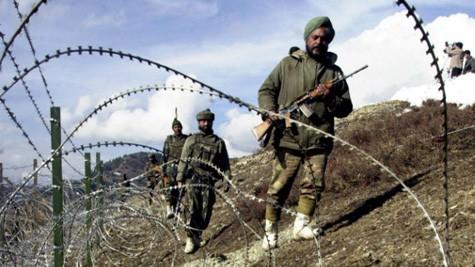 インド、パキスタンが停戦合意違反と告発 - ảnh 1