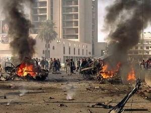 イラク、爆発事件相次ぎ 死傷者多数 - ảnh 1