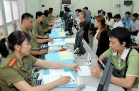 ベトナム在住外国人の出入国住居法案の暫定審査 - ảnh 1