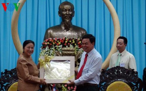 ラオス国会議長、ベトナム訪問を終える - ảnh 1