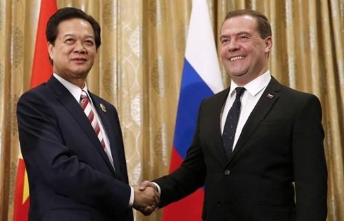 露首相、ベトナム公式訪問を開始 - ảnh 1