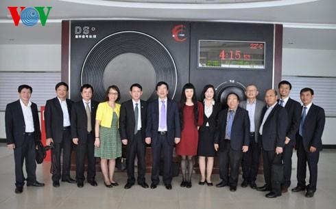 VOVと中国雲南省ラジオテレビ局の協力強化 - ảnh 1