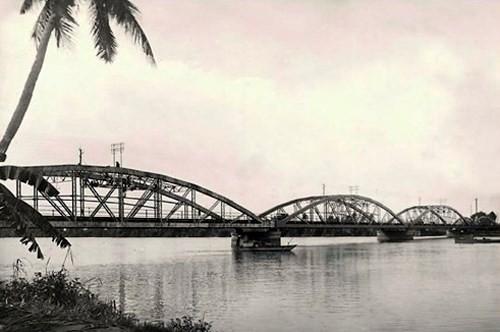 HCM市の古い橋 - ảnh 3