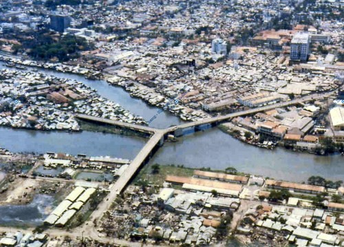 HCM市の古い橋 - ảnh 4